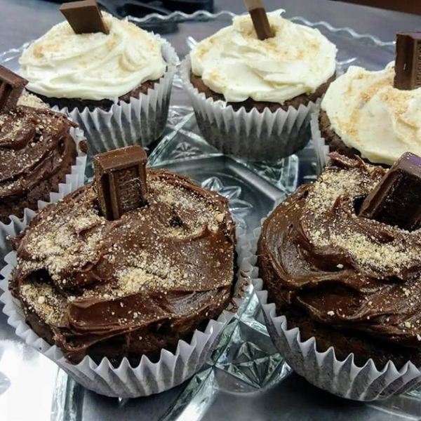 cup-cakes-at-novellas-bistro